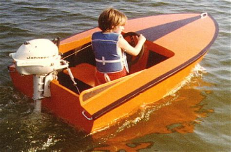 kids boat plans 8 pee wee mini runabout boatdesign