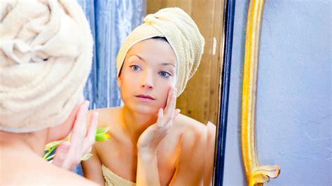 come fare la pulizia viso a casa vapori per il viso come fare la pulizia viso a casa