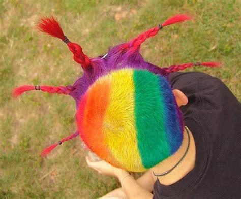 Remaja 24 Karat rambut karat