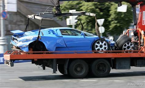 bugatti eb110 crash bugatti eb110 crashed in moscow