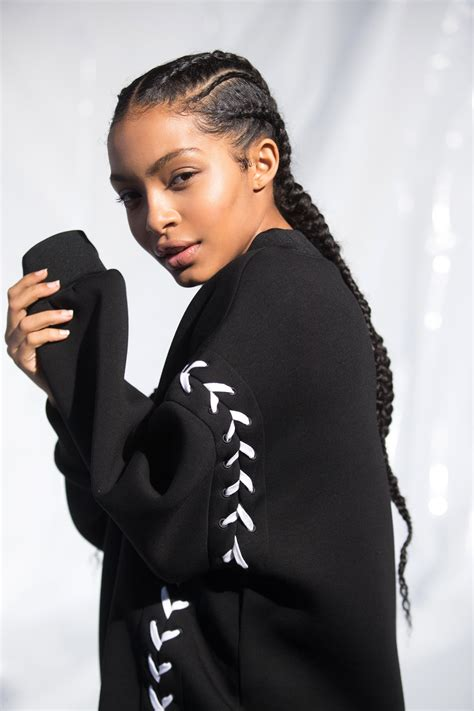 hairstyles for pregnant black women yara shahidi on women s empowerment beyonc 233 s pregnancy