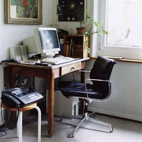 Desk Chair Benefits by Benefit Eames Desk Chair And Lounge New Home Design