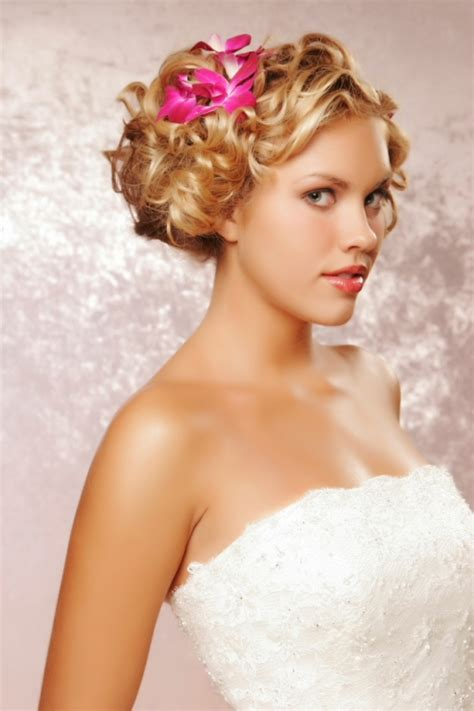 Wedding Hairstyles For Medium Hair Bridesmaid by Medium Bridesmaid Hairstyles