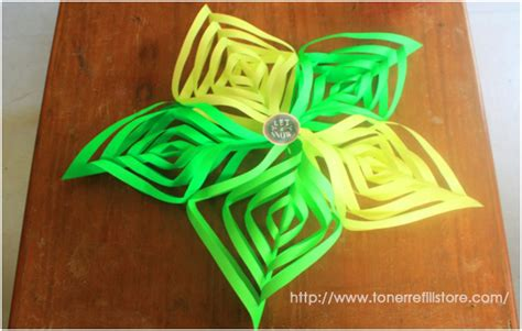 Cut And Fold Paper Crafts - how to cut and fold 3d paper snowflakes in 10 easy steps