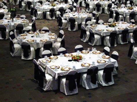 how to set up a table furniture wedding reception decorations round table