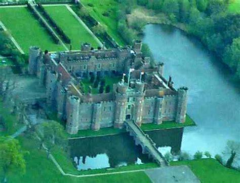 Bodiam Castle Floor Plan by East Sussex County England United Kingdom Britannica Com