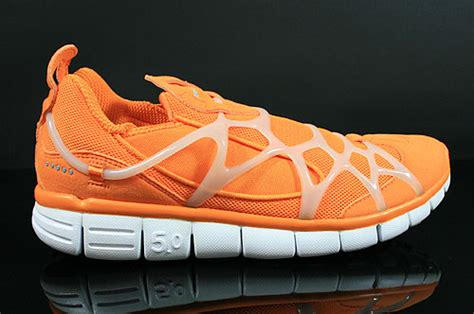 Sepatu Nike Rosherun 09 Grey List White Orange nike kukini purchaze