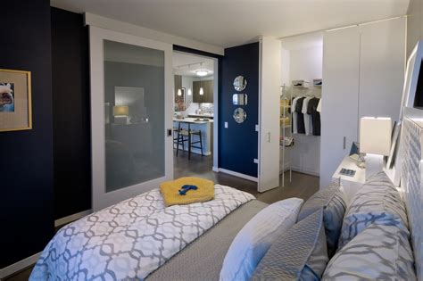 Apartment Vigilantes Chicago Review Hubbard Place Apartment Complexguide To Moving Downtown