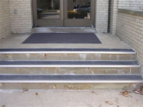 Coupon For Home Decorators by Wood Stair Treads Tips Home Design Best Rubber Nosing