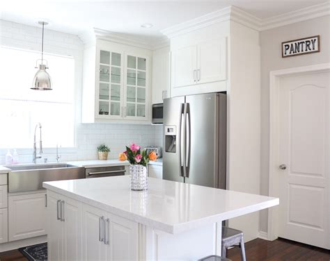 kitchen to go cabinets how to make kitchen cabinets go the ceiling kitchen cabinets