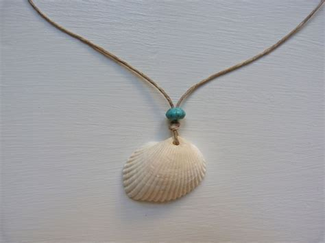 how to make jewelry with seashells 34 cool ways to make shell necklaces guide patterns