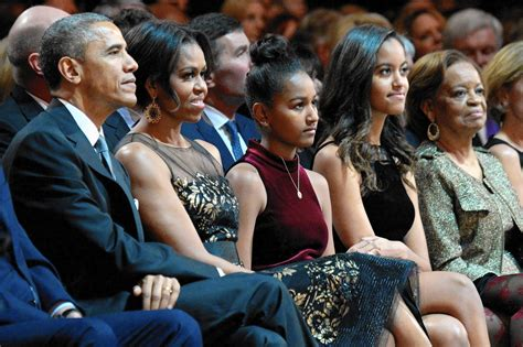 barack obama family life biography new bio reveals michelle obama s admirable juggling act