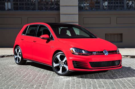 2017 Volkswagen Gti Reviews And Rating Motor Trend Canada