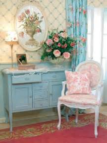 interior design how to get that shabby chic look design chairs and pink blue
