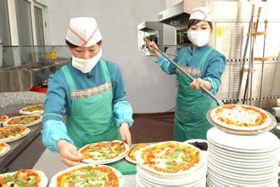 anthony daniels north korea pizza and spaghetti in pyongyang via the korea report