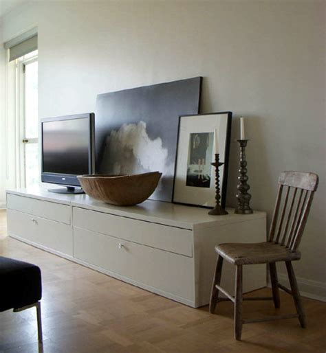 Tv In Living Room by Decorate Around A Tv Living Room