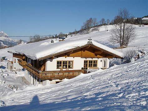ferienhaus alpen mieten skiurlaub tirol ferienhaus 10 personen kirchberg