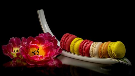 Iphone 5 5s Macaroon by Pink Tulips Cake Macaroon 640x1136 Iphone 5 5s 5c Se