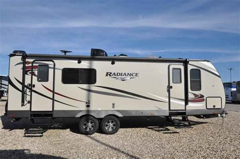 travel trailer with king bed 2018 new cruiser rv radiance ultra lite 25rk rv for sale
