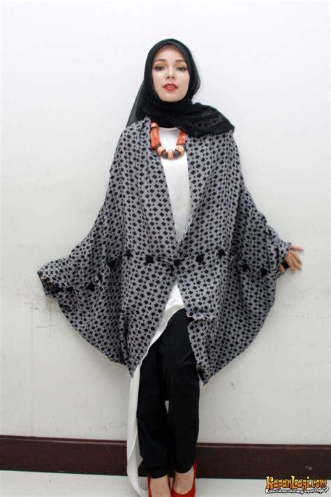 hijab ala sandra dewi