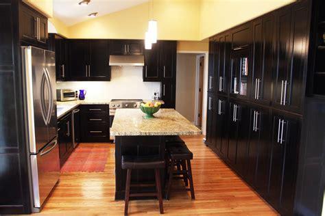 dark kitchen cabinets with dark floors 20 best kitchen backsplash ideas dark cabinets