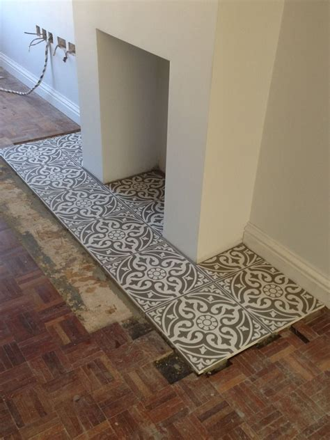 patterned fireplace tiles tiled hearth google search pinteres