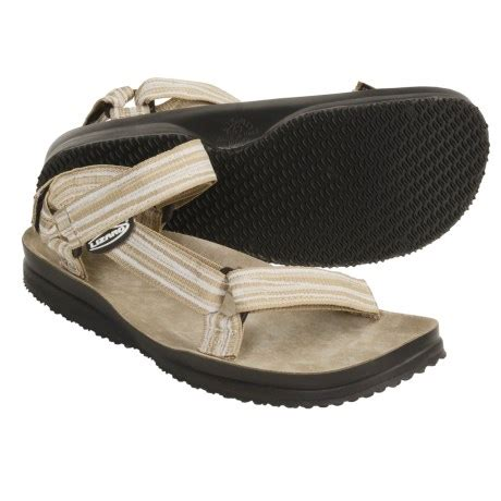 sandals like birkenstock feels like birkenstock looks like teva review of lizard