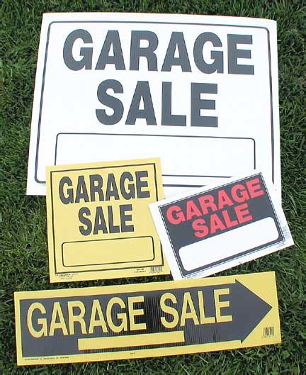 Garage Sale On by With Tina Smith