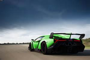 Green Lamborghini Veneno Veneno Lamborghini Veneno 2 Verde Hr Image At Lambocars