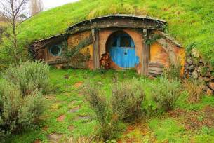gallery for gt the hobbit house lord of the rings no orcs allowed hobbit house brings middle earth to pa npr