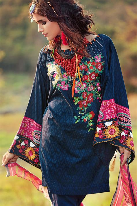Gul Ahmed Eid Collection 2017 18   PK Vogue
