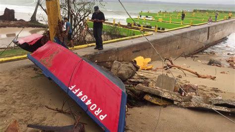crash boat beach after maria a damaged boat by hurricane maria crash boat beach