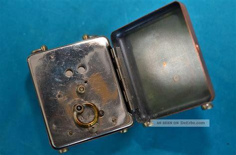alte tischuhren zwei st 252 ck alte mechanische tischuhren als bastlerst 252 cke