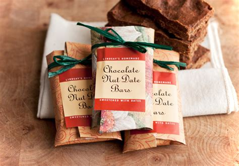 Handmade Gifts Singapore - healthy recipe chocolate date nut bars evermine