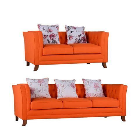 orange chesterfield kulit modern sofa kayu dengan desain