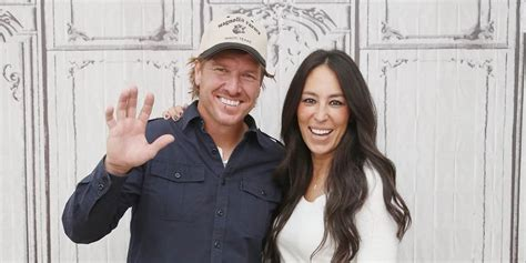 cast of fixer upper how to get cast on fixer upper casting call for hgtv s
