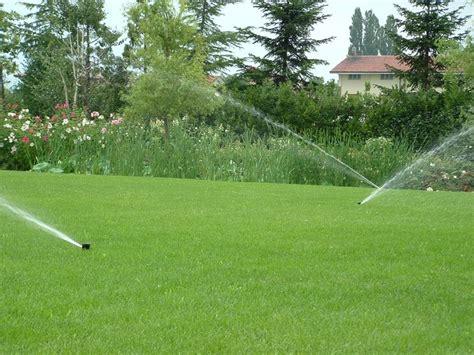 sistemi di irrigazione per giardino impianto irrigazione giardino impianto irrigazione