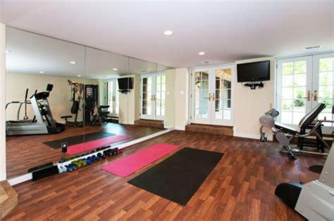 home workout studio design fitnessraum einrichten tipps und ideen f 252 r ein fitness