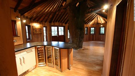 treehouse living is the treehouse the of sustainable living cnn
