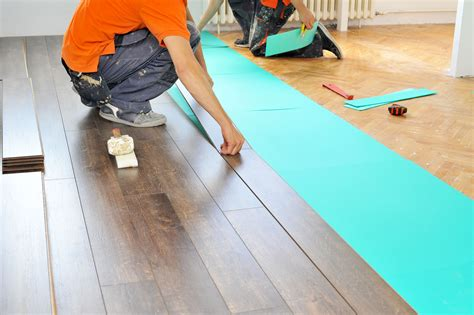 Laying Laminate Wood Flooring How To Lay Laminate Wood Floor 3 Errors To Avoid The Flooring