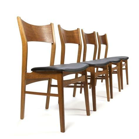 4 eettafel stoelen deense vintage set van 4 eettafel stoelen retro studio