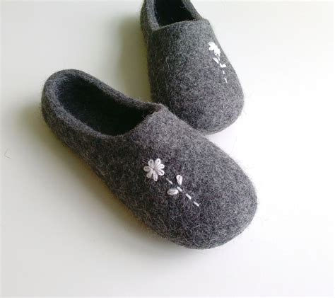 woolen slippers felted wool slippers house shoes with flowers