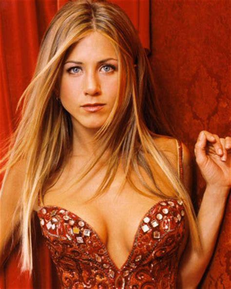 Get Jennifer Aniston's $2 Beauty Routine