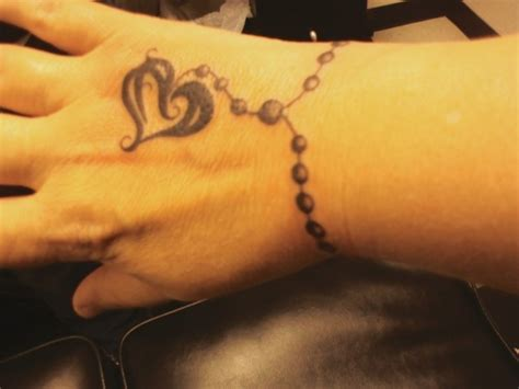 wrist tattoos for women bracelets tubhy 2012 wrist tattoos for designs