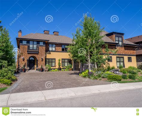 buying house in canada buying house in calgary 28 images real estate canada