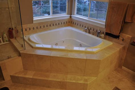 jacuzzi whirlpool bathtub bathtubs idea inspiring corner whirlpool bathtubs corner