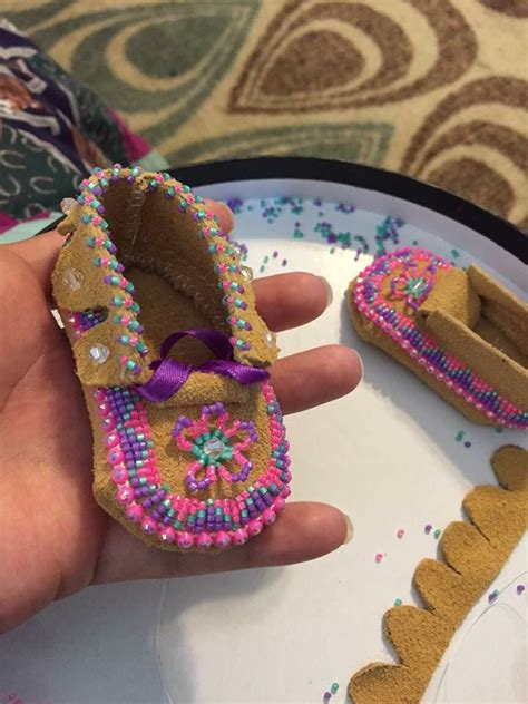 beadwork for kids best 25 beaded moccasins ideas on moccasins