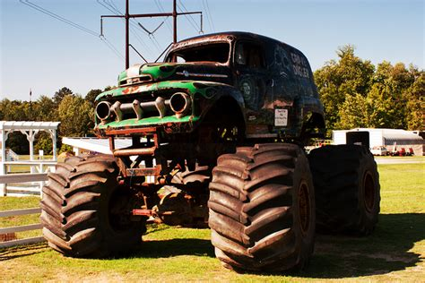 power wheels grave digger monster truck best 25 grave digger power wheels ideas on pinterest