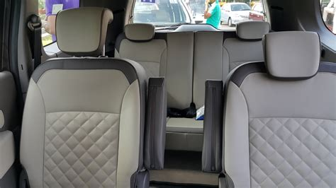 renault lodgy interior renault dealers started taking orders for lodgy at inr 50 000