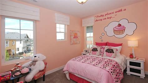 cupcake bedroom best 25 cupcake bedroom ideas on pinterest cupcake room